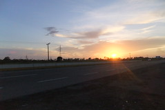 Sunset on our way back to Mexico city (Mariana Pando) Tags: méxico mexico chiapas mexiko messico zapaton2011