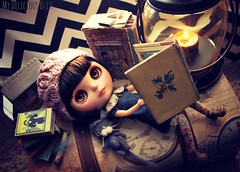 Blythe A Day 6 ~ Reading ( My Delicious Bliss) Tags: reading blythe sendak mauricesendak nutshelllibrary violetpie sewinglovebytania mydeliciousblisscustom