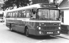 Ford R1114 autobus 1975 Highland omnibuses (chrispit1955) Tags: ford r1114 bus jst113p highlandomnibuses scotland
