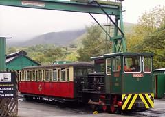 Snowdon Mountain Railway  [Oct 2010] (DizDiz) Tags: uk wales llanberis steamlocomotives hunslet olympusc720uz