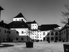 Augustusburg-13 (tinto) Tags: winter sun castle shadows burg x10 erzgebirge sonntagsspaziergang augustusburg fujix10 sonntagsspaziergng