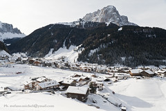 Snow capped Selva di Val Gardena (Stefano Micheli) Tags: winter panorama white snow top snowcapped scenario dolomites dolomiti southtyrol valgardena santacristina ortisei sudtirol odle groden topofthemountain selvadivalgardena