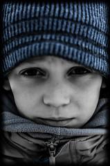 Portrait Triste (PaxaMik) Tags: portrait monochrome face sadness sad bleu triste visage mlancolie