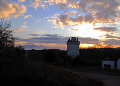 Law Castle 2 (TACT_Yesterd@ys) Tags: sunset castle heritage history private yesterdays tact ayrshire northayrshire westkilbride lawcastle northayrshirecouncil yesterdys theayrshirecommunitytrust