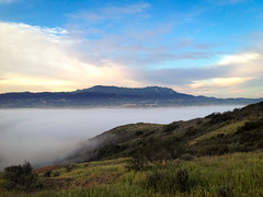 Boney Mountain (Night Owl City) Tags: california usa mountains fog sunrise venturacounty thousandoaks newburypark conejovalley boneymountain arroyoconejo lynnmeretrail