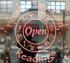 Mystic Visions (neppanen) Tags: usa newyork reflection window america reading manhattan westvillage palm vision tarot psychic mystic heijastus ikkuna discounterintelligence sampen