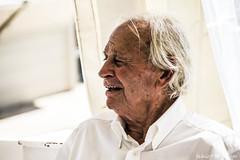 199#365 Il Gallo (Fabio75Photo) Tags: gallo anziano fenomeno man uomo white bianco rughe calma sorriso vento people capelli mare salmastro
