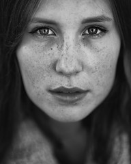 The girl next door (fehlfarben_bine) Tags: woman portrait monochrome closeup eyecontact contrast nikondf 850mmf14 naturallight fac