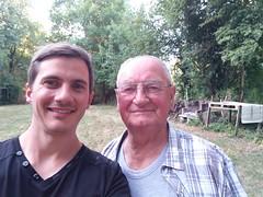 Selfie avec papy Moïse