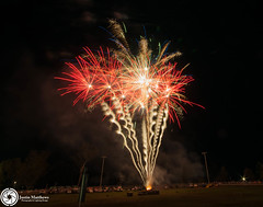 Beaudesert Show 2016 - Friday Night Fireworks-92.jpg (aussiecattlekid) Tags: skylighterfireworks skylighterfireworx beaudesert aerialshell cometcake cometshell oneshot multishot multishotcake pyro pyrotechnics fireworks bangboomcrackle