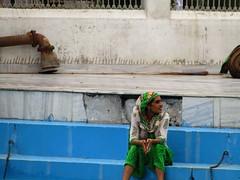 HIJRA (DoscafesparaPaula) Tags: india amritsar temple blue azul lago hijra