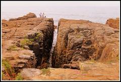 Le puits d'enfer (Les photos de LN) Tags: puits enfer corniche sablesdolonne vende ocanatlantique rochers falaise faille nature paysage cte littoral