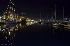 Vista nocturna del puerto Barcelona (carlosjarnes) Tags: barcelona puerto noche mygearandme photographyforrecreation rememberthatmomentlevel1 rememberthatmomentlevel2 vigilantphotographersunite
