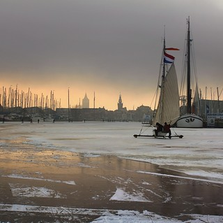 Ice sailing in Monnickendam to keep history alive
