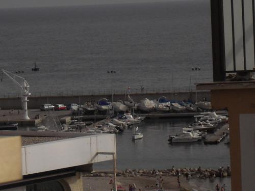 Vistas al mar, en pleno centro. En su inmobiliaria Asegil en Benidorm le ayudaremos sin compromiso. www.inmobiliariabenidorm.com
