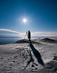 K20D4751 (Bob West) Tags: nightphotography winter moon ontario ice beach night lakeerie greatlakes moonlight nightshots southwestontario bobwest k20d pentax1224