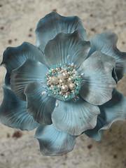 blue fantasy flower 1 (Scrummy Mummy's Cakes) Tags: blue caketopper chinablue fantasyflower