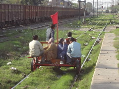 Chhoti Gaddi.....:D (Jai ABB) Tags: from this track carriage small some railway line problem come northern nr railways freight oka officials inspect okhla tughlakabad