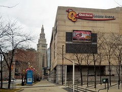 Terminal Tower and Quicken Loans Arena (Erik Daniel Drost) Tags: ohio irish building tower st skyline skyscraper day cleveland terminal arena patricks stpatricks towercity stpatricksday theq loans terminaltower quicken towercitycenter