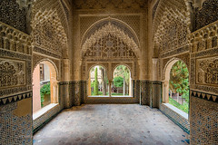 Inside the amazing Alhambra (Michael Echteld) Tags: city summer espaa detail spain distorted sony alhambra granada curve hdr captureonepro a7ii michaelechteld ilce7m2 googlehdrefexpro2 michaelechteldphotography