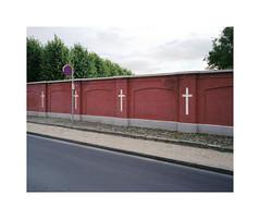 crosses (ha*voc) Tags: mamiya7ii 65mm 220 mediumformat 6x7 film rangefinder fujinps160 urban urbanfragments urbanabstraction denmark faaborg