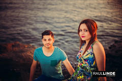 2Q8A8499.jpg (RAULLINDE) Tags: flick modelos facebook hombre romanticismo canon publicada almeria pareja retrato puestadesol mujer 5dmarkiii atardecer andalucia raullindefotografia