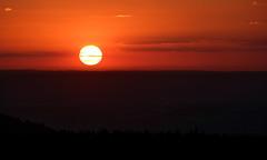 Coucher de Soleil depuis le Col de la Croix Saint-Robert (Sam_samy) Tags: mountain sun sunset sky cloud red orange golden mont dore