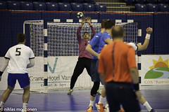 Ukraina - Finland (1/2) (aixcracker) Tags: ehf m18 handball championship handboll ksipallo varna bulgaria bulgarien finland suomi ukraina ukraine team lag joukkue nationalteam landslag maajoukkue iso3200 nikond3 sport sports urheilu august augusti elokuu