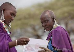 Masai women, Tanzania (KronaPhoto) Tags: safari masai woman kvinner people decorated tanzania africa mennesker