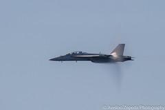 F/A-18F Super Hornet Post Breaking Sound Barrier (Avelino Zepeda) Tags: canadianinternationalairshow canadianairshow torontoairshow cias toronto harbourfront us navy usnavy superhornet usnavysuperhornet usf18 f18