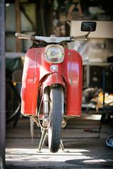 Simson Schwalbe (kly420) Tags: img23181 simson schwalbe kr51 baujahr1967 canonef135mmf2lusm garage workshop retro vintage
