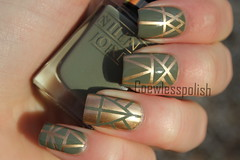 Aztec striping tape mani (NailsbyCoewless) Tags: gold aztec nails ysl manicure nailpolish nailart naildesign coewless stripingtape nilensjord