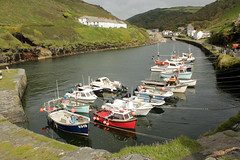 Boscastle Harbour (Photo Paul) Tags: uk england boats coast cornwall harbour tidal boscastle coastpath