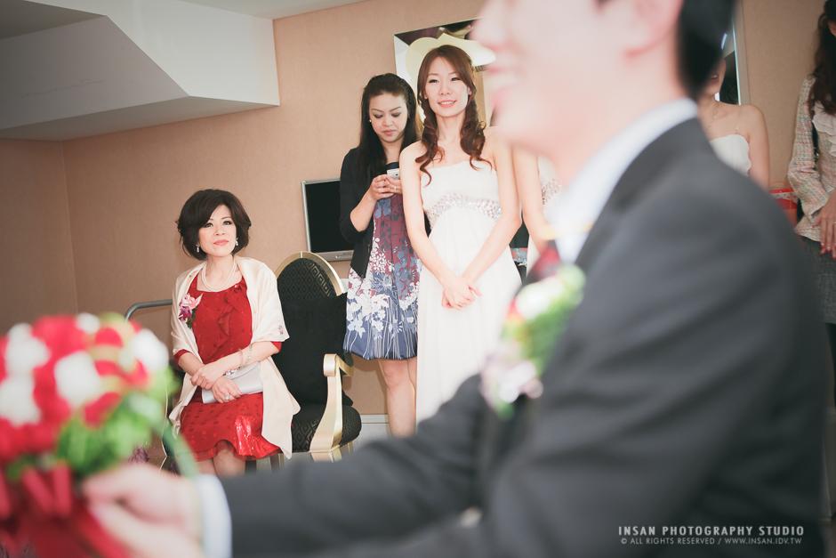 wed20121109_0664