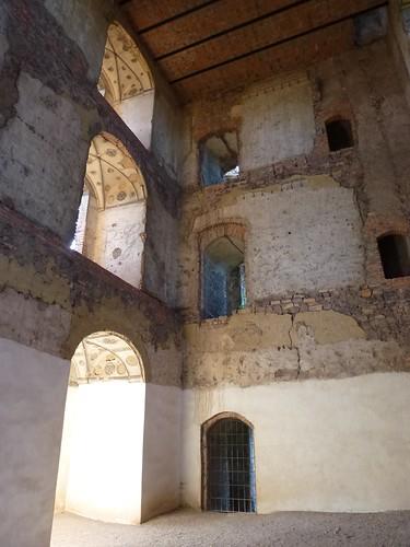 Wnętrze wieży mieszkalnej na zamku Świny