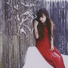 Wisps (ginaballerina.) Tags: nyc red snow cold girl fence freezing 365 wisps ginaballerina ginavasquez