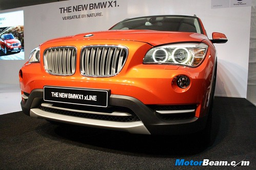 2013-BMW-X1-Launch-03