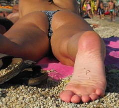 smooth sexy female sole (dani897) Tags: feet soles femalefeet sexysoles wrinkledsoles femalesoles smoothsoles