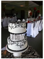 kim (The Whole Cake and Caboodle ( lisa )) Tags: wedding white black cakes cake kim swirls scroll whangarei costello caboodle piped afare