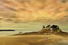 Rêve d'évasion... (│JL│) Tags: mer saint fort sable bretagne plage rocher manche coloration anse dugesclin coulomb
