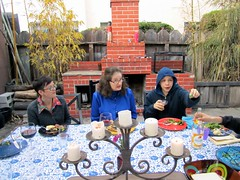 jewlee, mom, aleks (davidsilver) Tags: family mom oakland backyard passover aleks jewlee