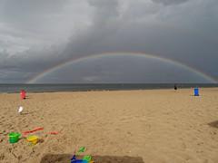 Kein Gold am Ende des Regenbogens (Frederik VS) Tags: natur beach usedom rainbow balticsea strand rain clouds lumix g6 dmcg6