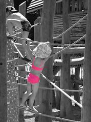 Little pink lady (Lala89_Photos) Tags: kid kids kinder kind mädchen girl pink rosa klettern climbing playground spielplatz child children spielen childhood kindheit innocence unschuld schwarzweis blackandwhite blackwhite