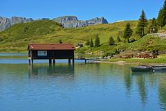 0594 Trbsee im Kt.Nidwalden (Schweiz) Trbsee in Kt.Nidwalden (Switzerland) (Fotomouse) Tags: fotomouse flickr landschaft landscape trbsee bootsvermietung see wasser water bergsee berglandschaft ktnidwalden beiengelberg schweiz swiss switzerland svizzera boote bootfahren ruderboot outdoor draussen boathire mountainlake alpinelandscape boating boatinglake rowingboat boat