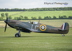 Spitfire Mk.Vb EP122 (Elliptical Photography) Tags: spitfire supermarine mkvb duxford aircraft airshow airworthy aviation flying flight fighter imperialwarmuseum iwm flyinglegends