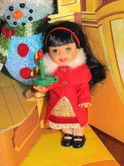 4/7 Santa's workshop  - Carolling Lorena elf (Flava Sweet) Tags: christmas mattel santasworkshop kellyclub flavasweet carollinglorena