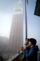 Un momento emozionante (carolina1884) Tags: venice prayer venezia preghiera campaniledisanmarco