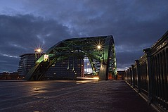 Wearmouth Bridge (pod pictures uk) Tags: road longexposure morning bridge sunrise am bridges pathway sunderland timedexposure darkskies echo24