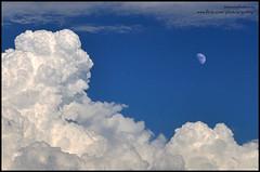 Santa Claus and the Moon. (Gottry) Tags: sky moon clouds nikon nuvole luna cielo santaclaus babbonatale d90 gottry emanuelerinaldi wwwerphotoseu