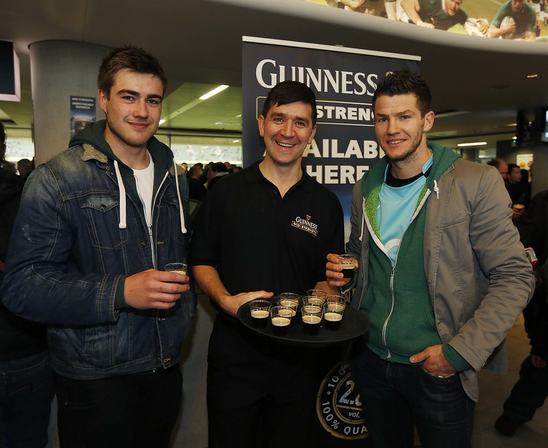 Pictured at the Six Nations Ireland-v-England match. Ambassador Mick Galwey on hand to serve rugby fans Guinness Mid-Strength Pic: Robbie Reynolds.